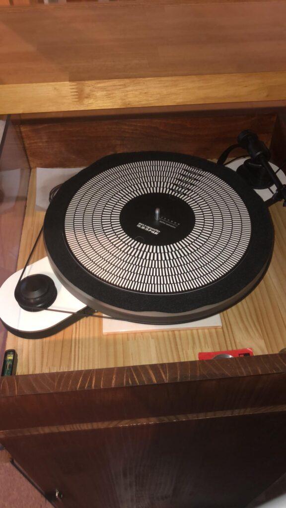 知り合いのオーディオ・アナログ盤用ターンテーブル